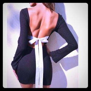 Dresses & Skirts - BOWTIE BACKLESS RIBBED DRESS